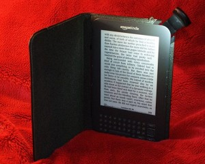 512px-Amazon_Kindle_3_cover_with_light