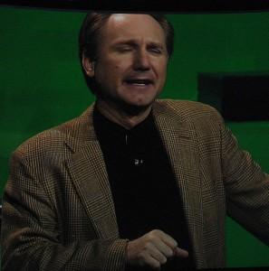 Dan_Brown,_2006
